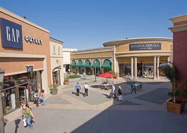 Las Americas Premium Outlets (courtesy photo)